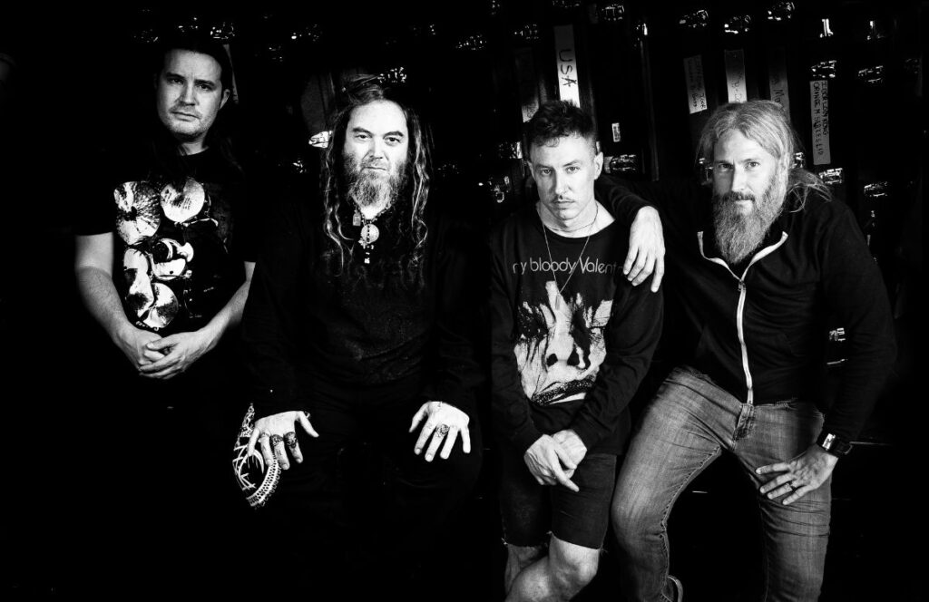 "KILLER BE KILLED - Presentano ""Inner Calm From Outer Storms"""