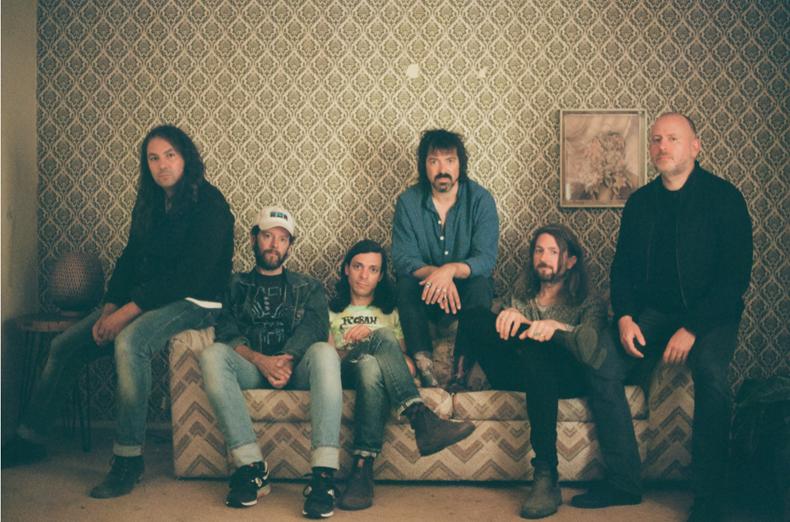 """THE WAR ON DRUGS - Annunciano il nuovo album """"I Don't Live Here Anymore"""" in uscita il 29 ottobre"""